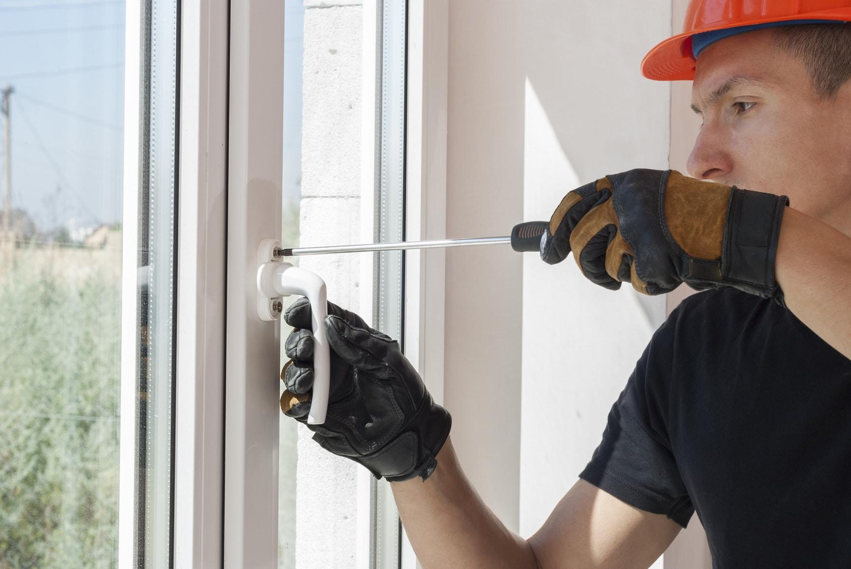 riparazione porte finestre